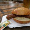 Corona Bratwurst im Brötchen (Wallberghütte am Sportlerehrenmal)